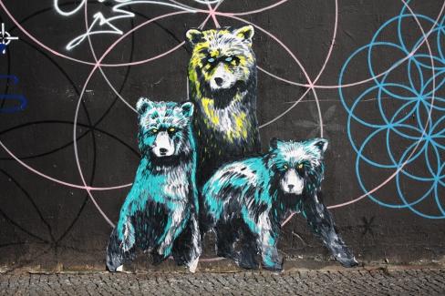 suriani street art berlin