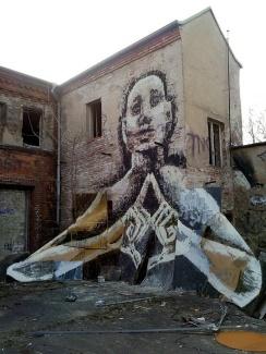 alaniz-street-art-berlin-germany