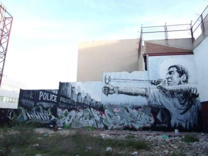 alaniz-street-art-berlin-mural