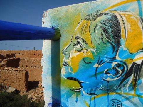 C215-stencils-issa-street-art