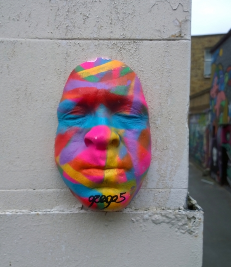 gregos-street-art-paris-installation