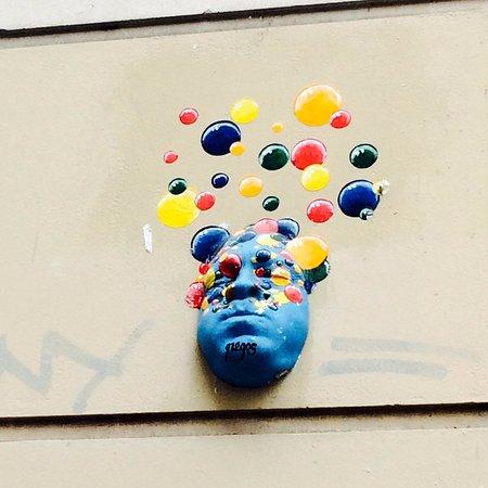 gregos-street-art-paris-walls