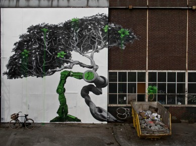 ludo-street-art-paris-paste-up