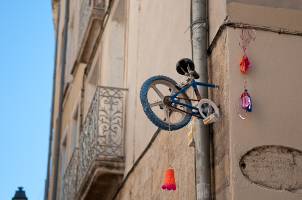monsieur-bmx-street-art-bikes-paris