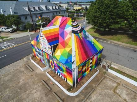okuda-unexpected-art-festival-street-art