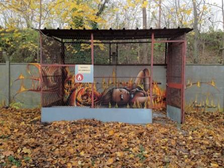 vinie graffiti cage